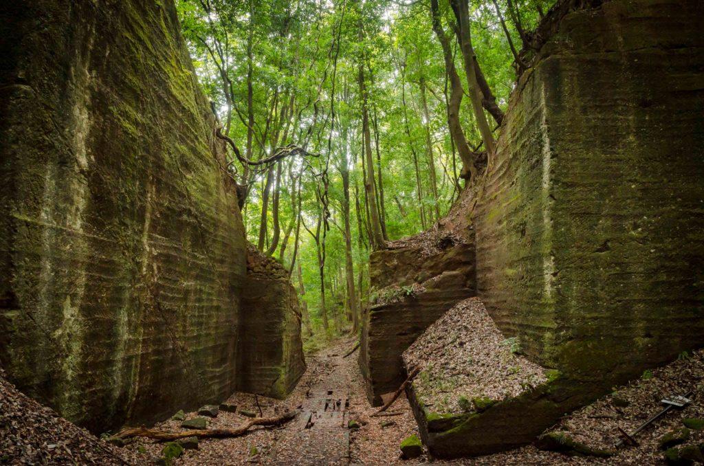 藪塚石切り場跡地の出口